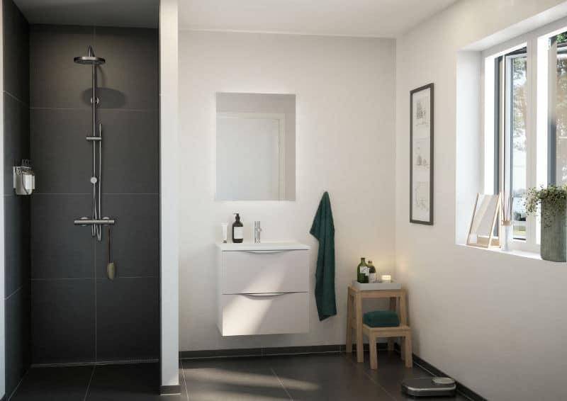 Basic grå badeværelse